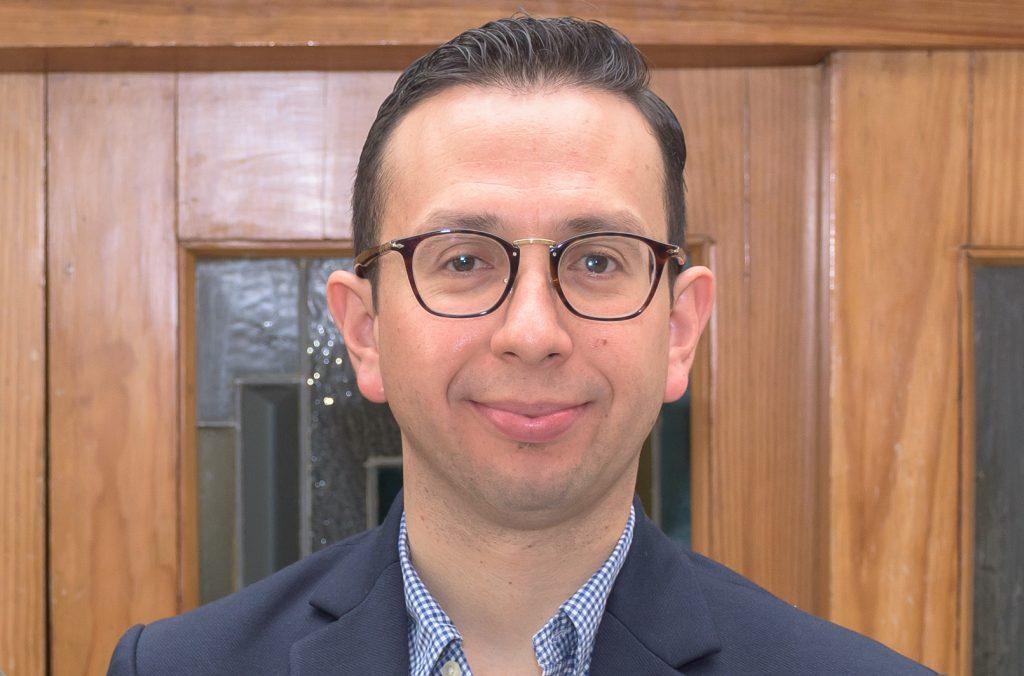 Carlos Castañeda, CEO de Parallax, la startup chihuahuense que desarrolló esta plataforma de realidad aumentada para la industria 4.0.